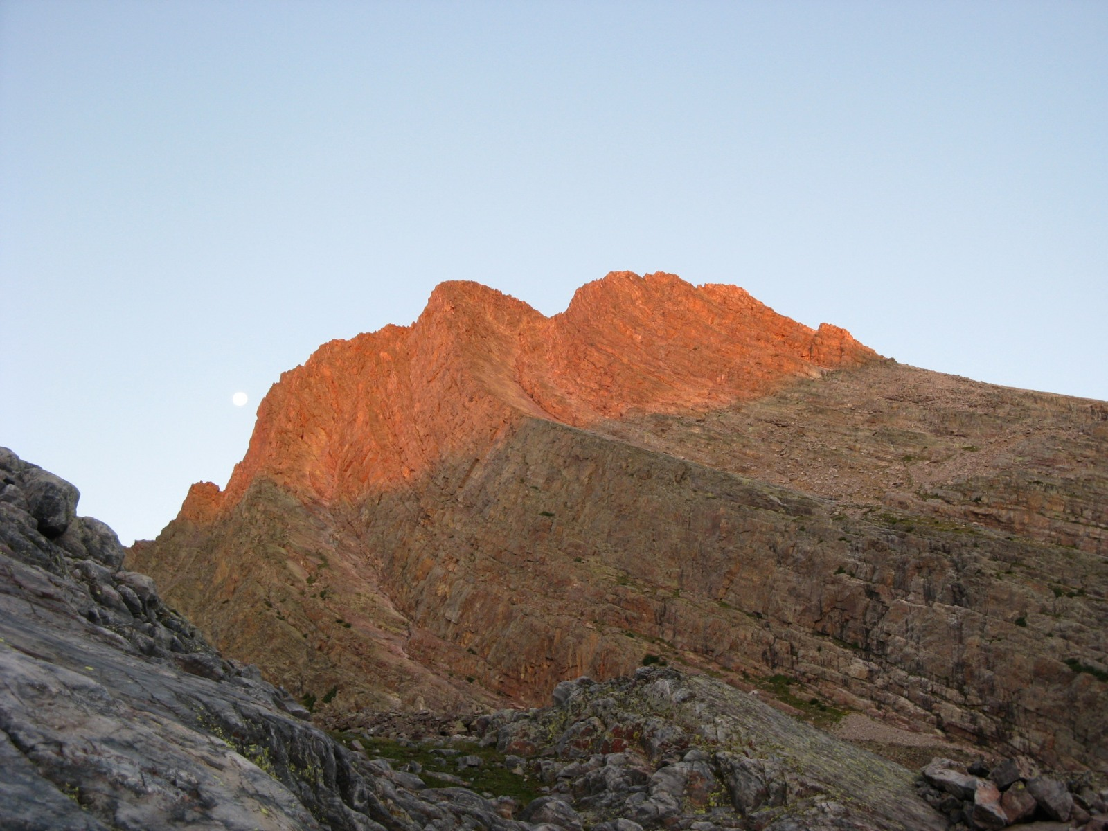 Arrow Peak from the base of Vestal's Wham Ridge at sunrise